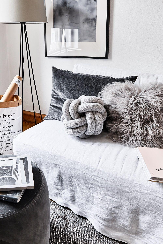 Eitelkeit Skandinavisch Teppich Dekoration Von So Cozy! Auf Diesem Sofa Nehmen Wir