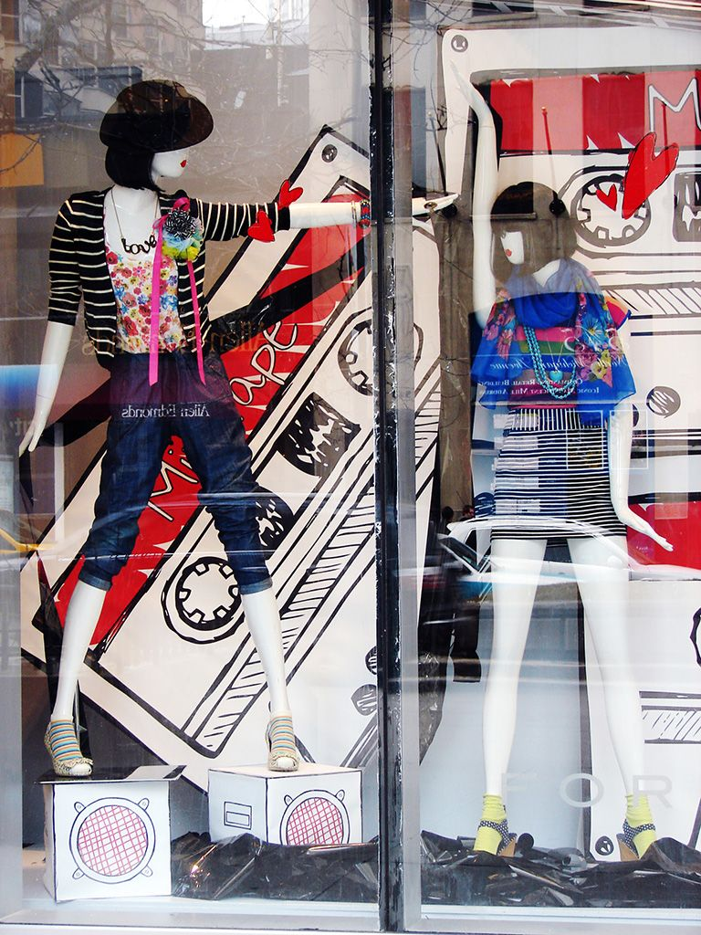 """FOREVER 21,Chicago,USA, """"For a time Linda the cassette tape absolutly dominated the sales market,in 1990 alone,442 million tapes were sold"""", pinned by Ton van der Veer"""