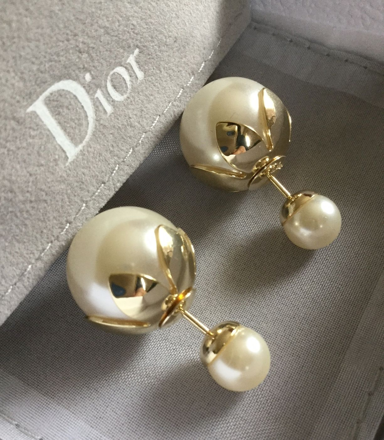 f9f988683a9d5e DIOR TRIBALE Mise en Dior Tribal Earrings GOLDEN TULIP Flower Petal  Authentic