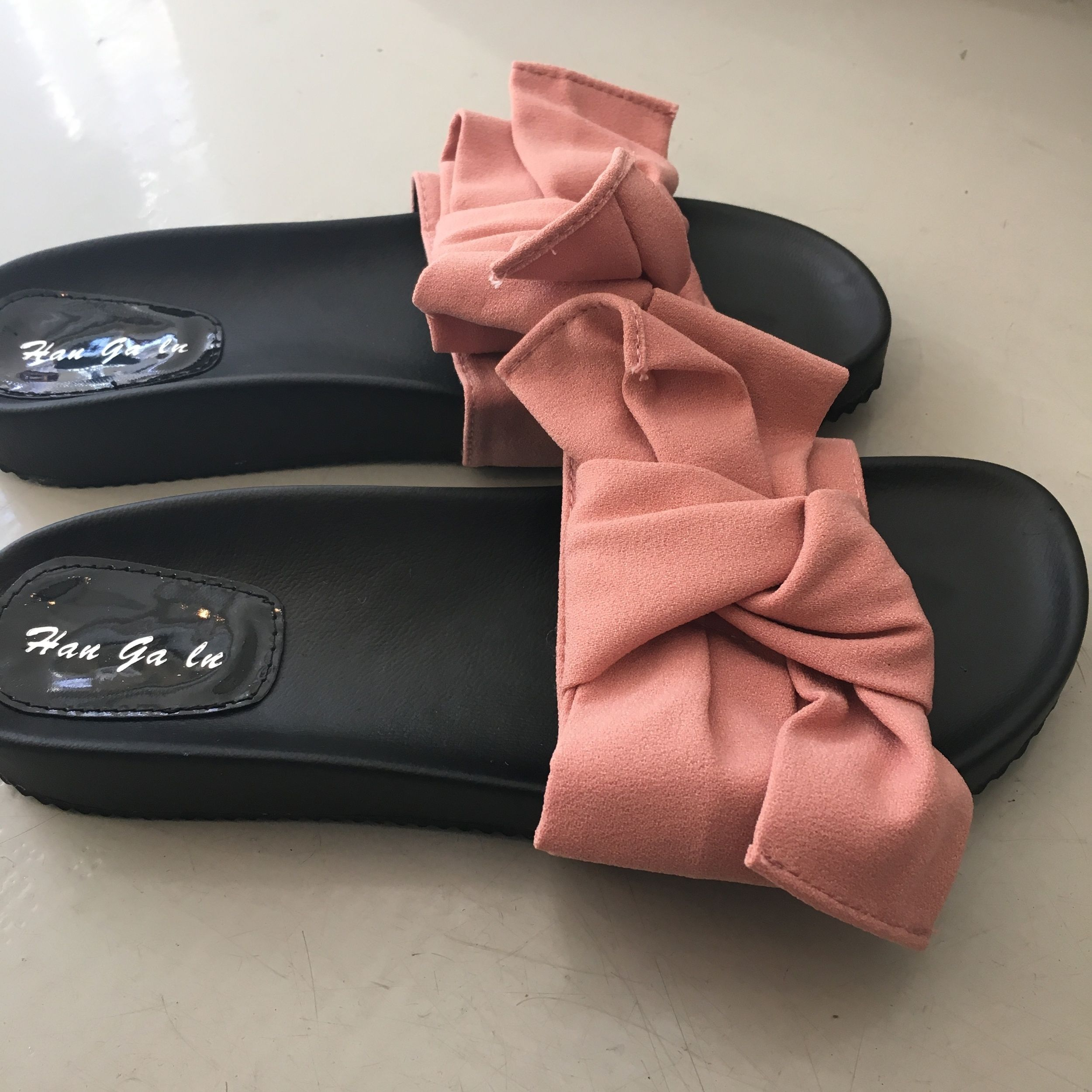 cutest bow slide sandals  oversize bow detail  true to size