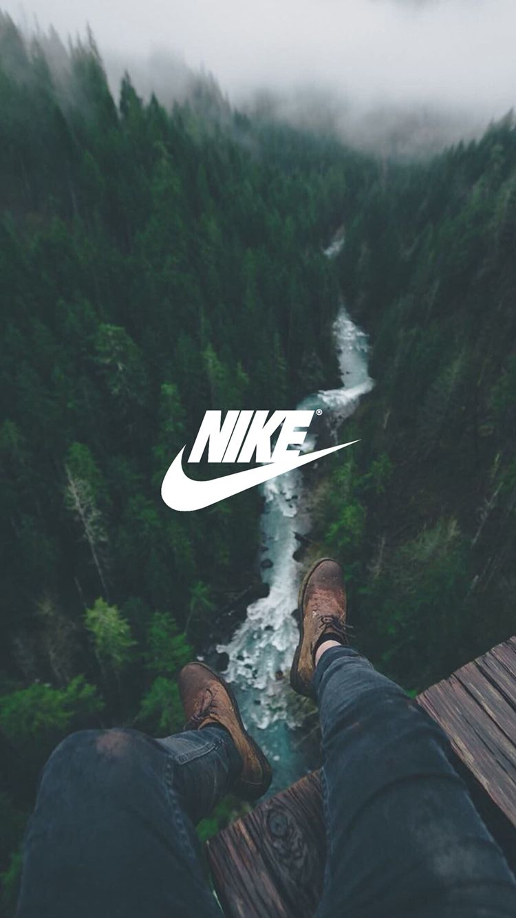 I like the white font for the nike logo, it pops out