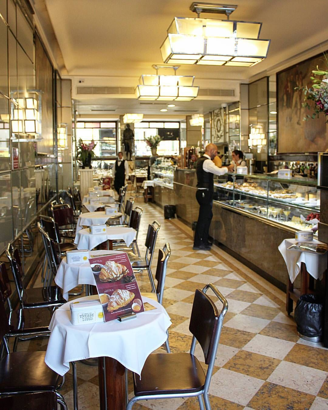 Nicola A Famous Cafe In Lisbon Opened Its Doors In The
