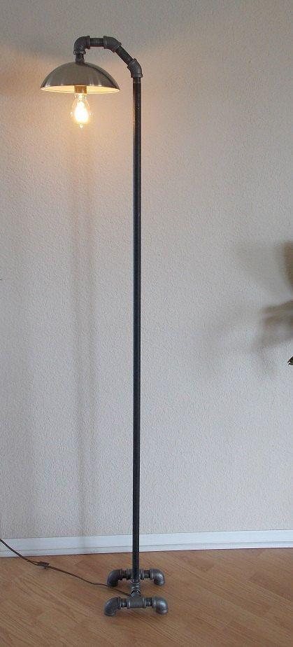 industrial minimalist floor lamp tuyau cuivre lampe cuivre et lampe originale. Black Bedroom Furniture Sets. Home Design Ideas