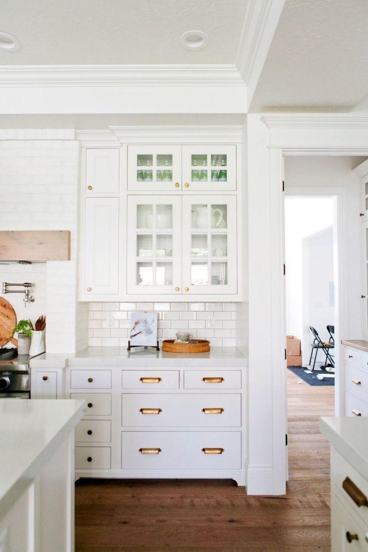 Buffet de cuisine blanc - 37 designs vintage pratiques | Cuisine ...