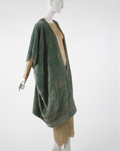 Artist Maker Mariano Fortuny Italian Born Spain 1871 1949 Designer House Of Fortuny Italian Founded 190 Fashion 1920s Fashion Art Deco Fashion