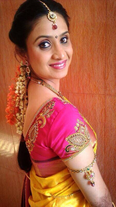 Pin By Swank Studio On Bridal Lookbook Blouse Designs Saree