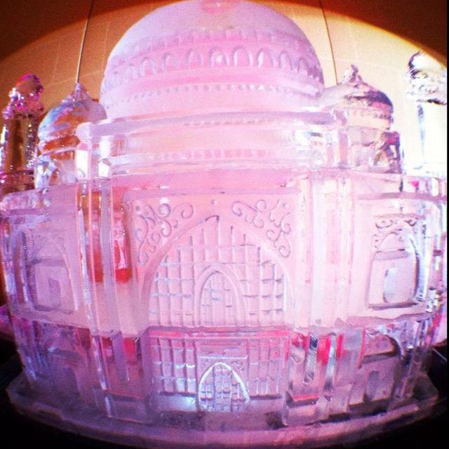 Taj Mahal ice sculpture.