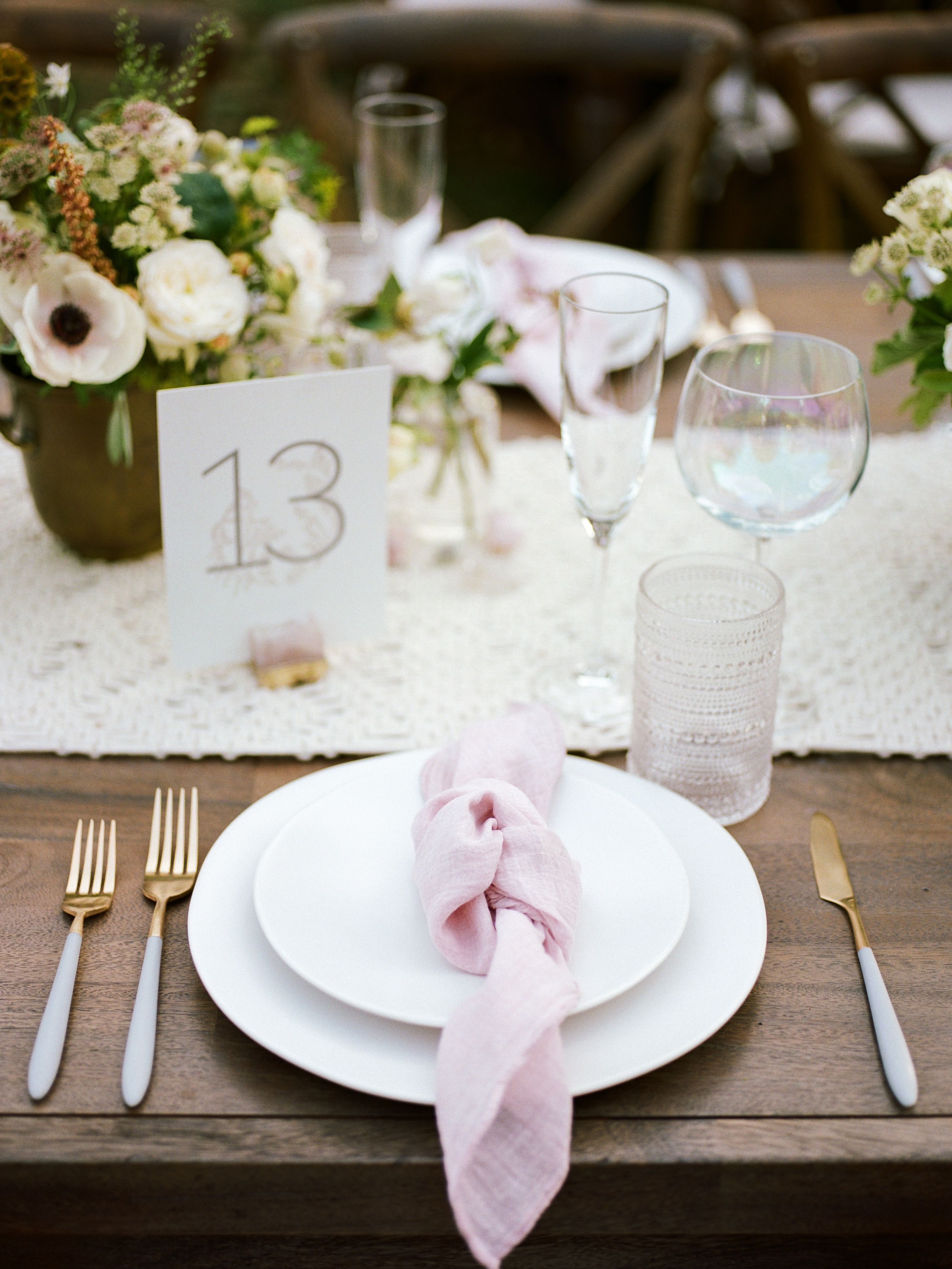 Napkin Folds That Will Elevate Your Reception Tables In 2020