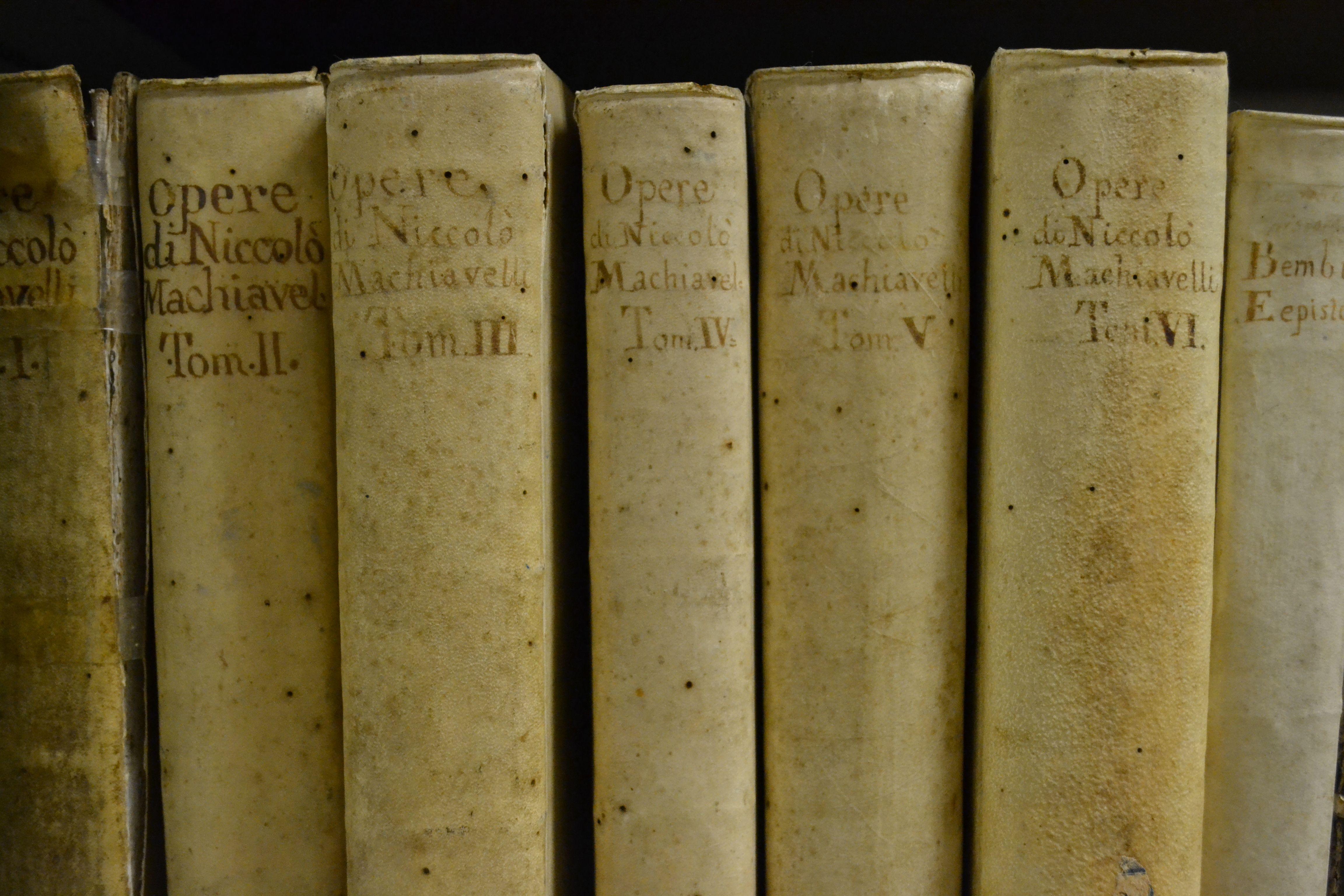 Opere di Niccolò Machiavelli   Старые книги, Книги