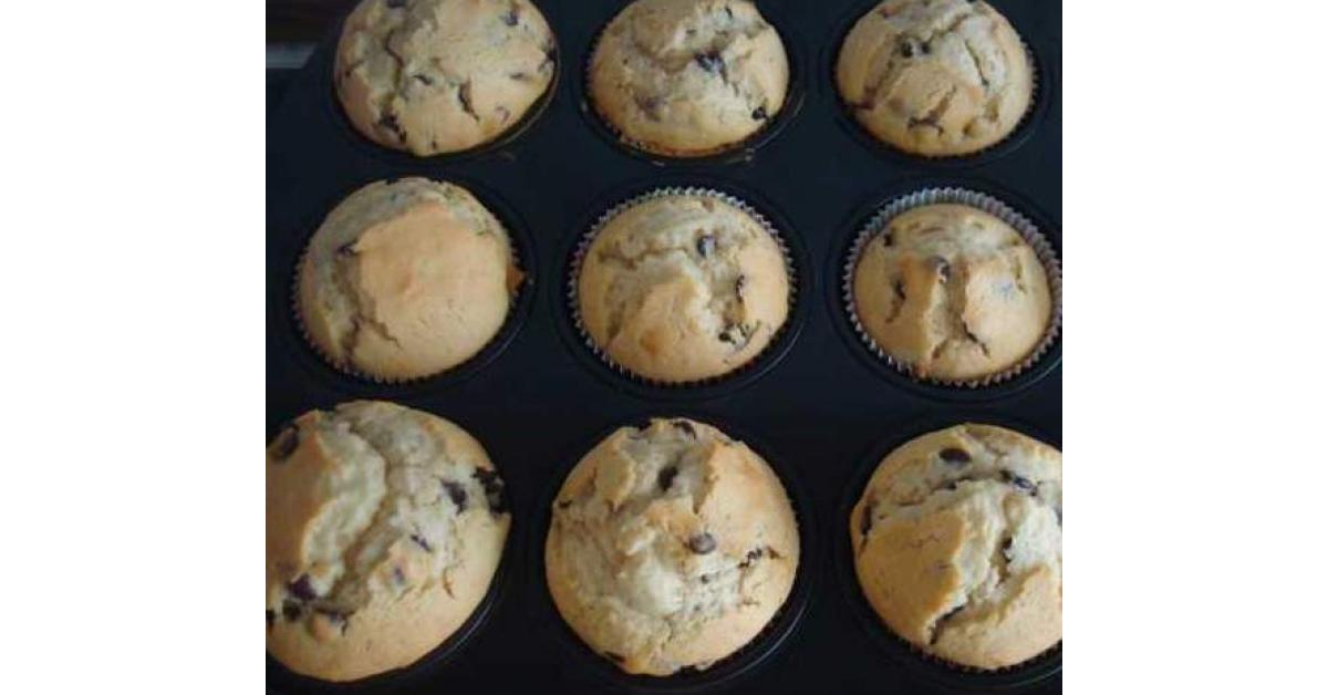 Muffins Mit Schokostuckchen Rezept Lebensmittel Essen Schokostuckchen Muffins Mit Schokostuckchen