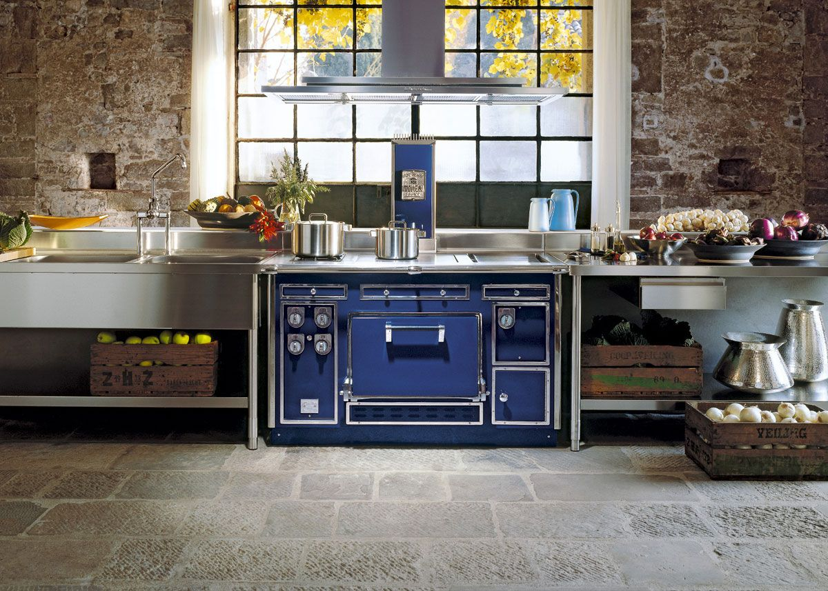 The Most Expensive Kitchen Range In The World And The Range Hood That Ventilates It Appliances Modern Kitchen Stoves Range Cooker Home Decor Kitchen