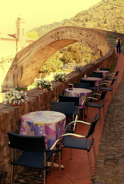 Terrace by the bridge in Dolceaqua, Italy (by Valter49).