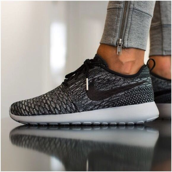 finest selection ff8db 6ca2f Nike Roshe One Flyknit Sneakers •Roshe One Flyknit Sneakers. Cool Grey Wolf  Grey White Black. •Women s size 8.5. Runs large, would be better for a 9.
