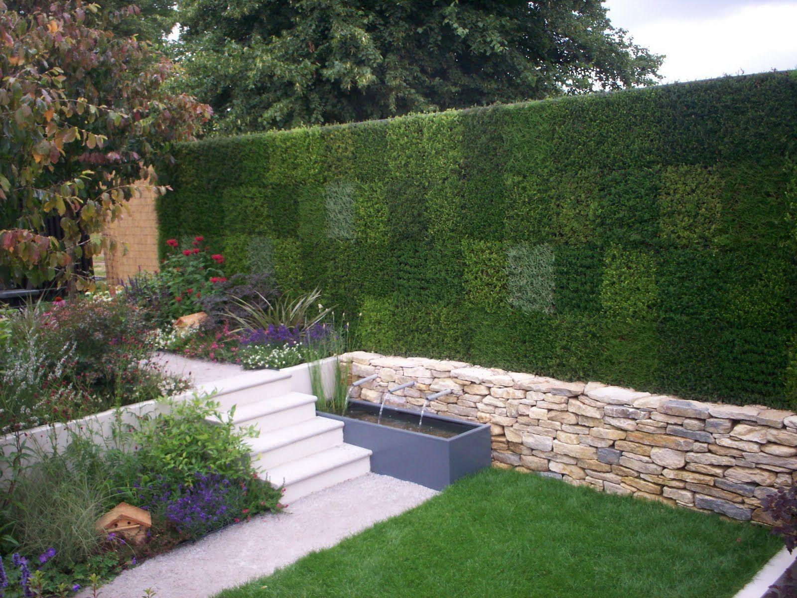 Espectaculares jardines verticales aptos para cualquier for Jardines verticales construccion