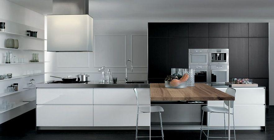 Grey And White And Wooden Element Modern Italian Kitchen Design By Elmar Cucine Italian Kitchen Design Stylish Kitchen Design Stylish Kitchen