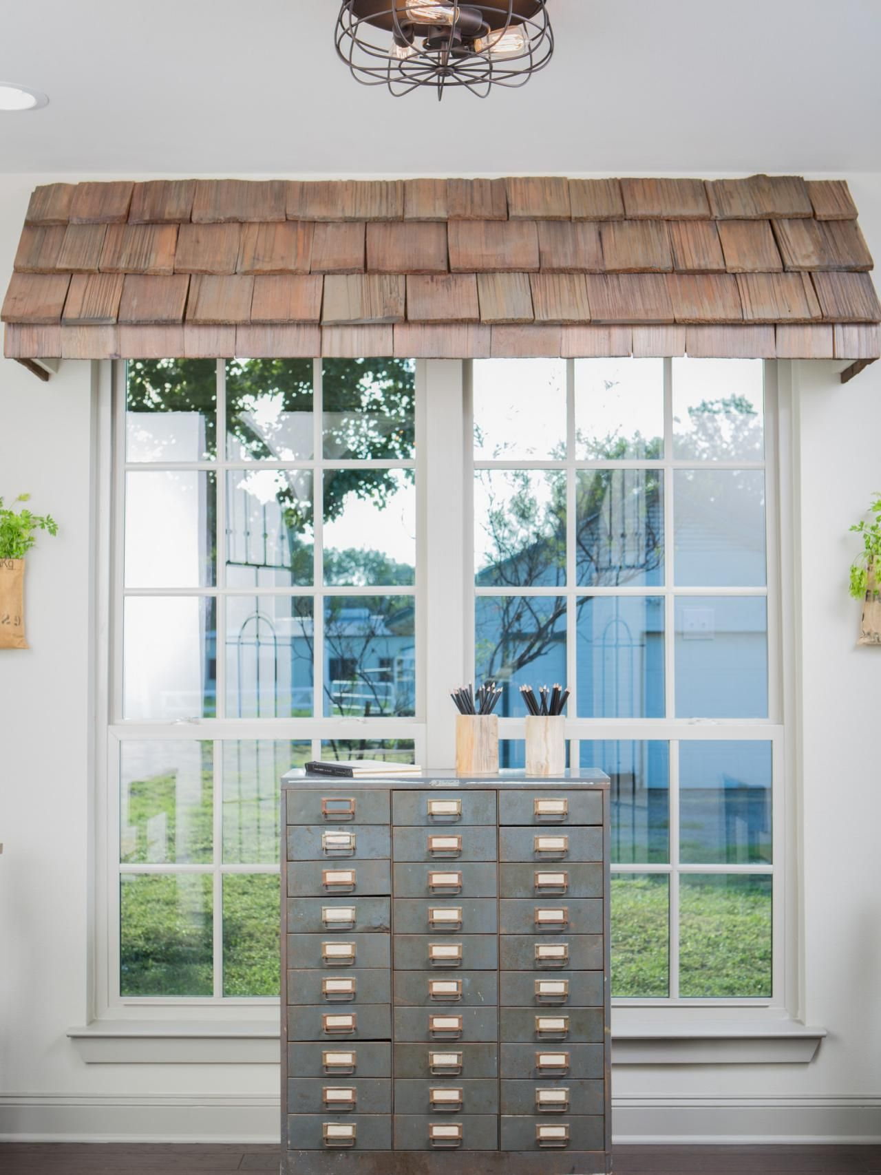 Find The Best Of Fixer Upper From Hgtv Game Media Room