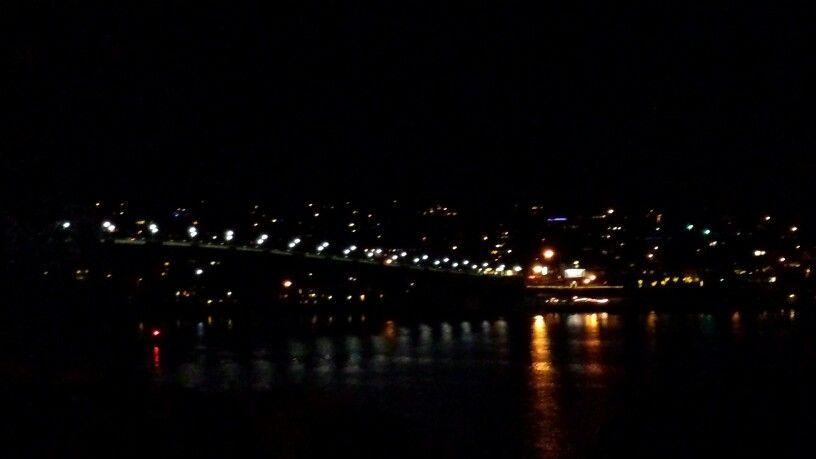Manette bridge night lights