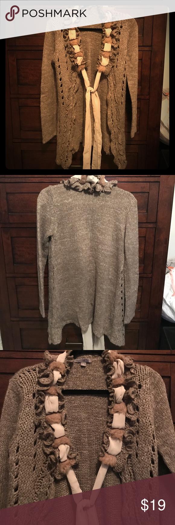Beautiful Sweater!! Size Small