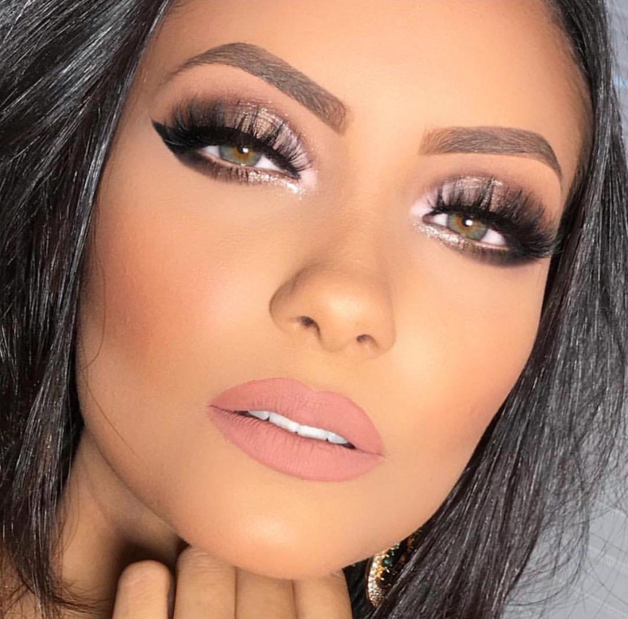 pink lipstick | wedding makeup look | smokey eyes pin