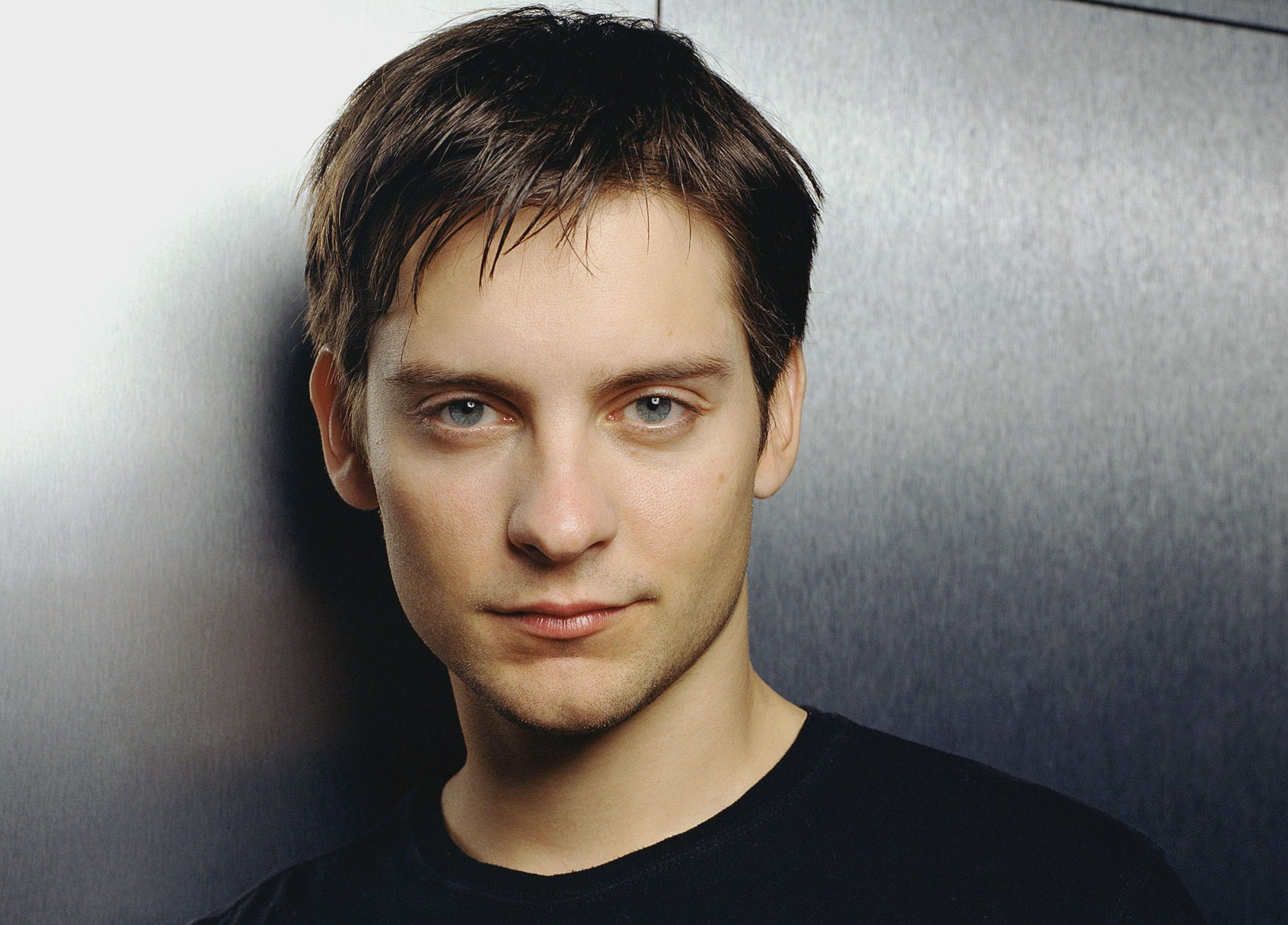 tobey maguire smile