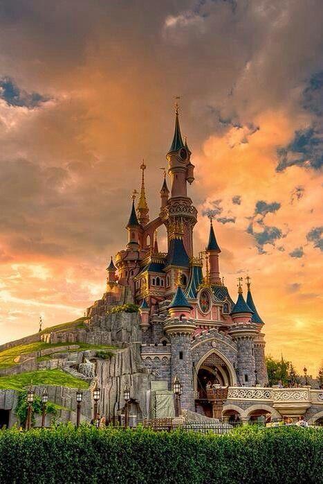 Le Chateau De La Belle Au Bois Dormant Sleeping Beauty Castle Fantasyland Disneyland Paris Disneyland Photos Paysage Parcs