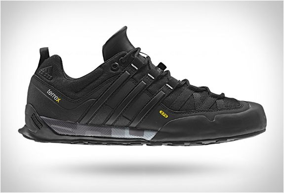 Adidas Terrex Solo Stealth | Sneakers