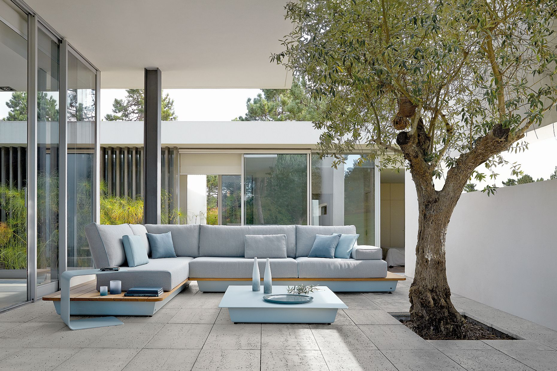 manutti 2015 the new air collection stunning modular all weather designs garden furnituregarden - Garden Furniture 2015 Uk