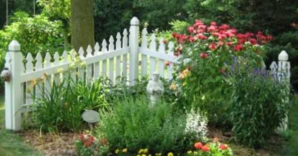 Front Yard Landscaping Ideas With A Fence Small Garden Fence