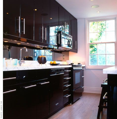 Glossy Black Kitchen Design By Lloyd Ralphs House Design Kitchen Contemporary Kitchen Kitchen Design