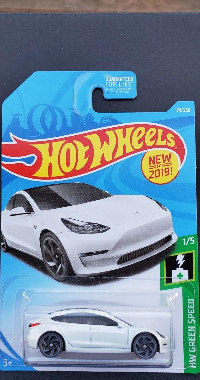 2019 Hot Wheels Tesla Model 3 Hw Green Speed Series Brand New Never Opened Or Breathe On Hot Wheels Hot Wheels Cars Tesla