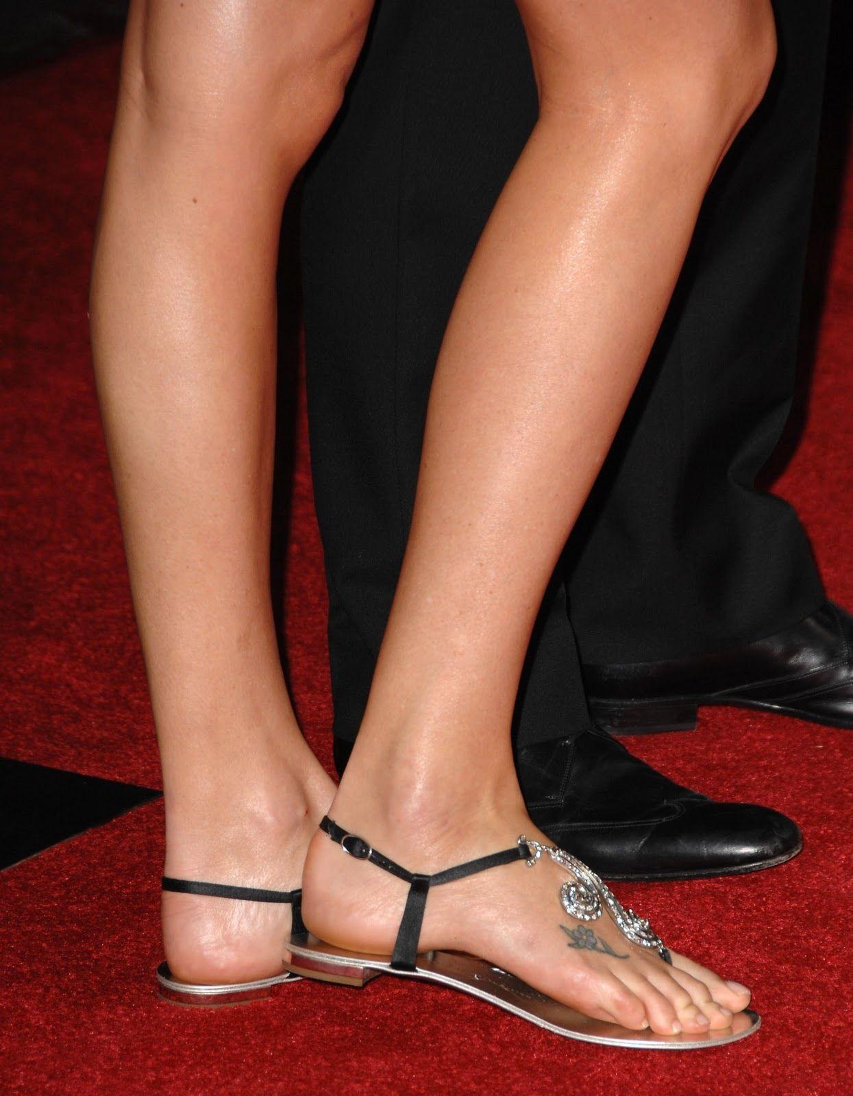 Charlize theron feet 1026363g 12451600 maria pinterest charlize theron feet 1026363g 12451600 voltagebd Choice Image