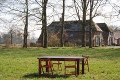 """Erve Vennekotte is een gemoedelijke vergaderlocatie in het prachtige coulisselandschap van de Achterhoek, op 7 wandelminuten van """"De Dikke Boom"""" op landgoed Verwolde. Erve Vennekotte is een kleinschalige vergaderlocatie in Laren, in het noordelijke stuk van de Achterhoek, op de rand met Twente. Deze unieke, landelijke locatie, 8 minuten van de A1 tussen Deventer en Almelo, is te huur voor echte heisessies, inspiratiebijeenkomsten, vergaderingen, teamsessies, training en coaching."""
