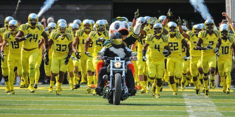 GoDucks hashtag on Twitter (With images) Oregon ducks