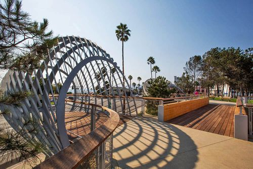 Tour tongva park santa monica 39 s gorgeous new green space - Architectural designers near me ...