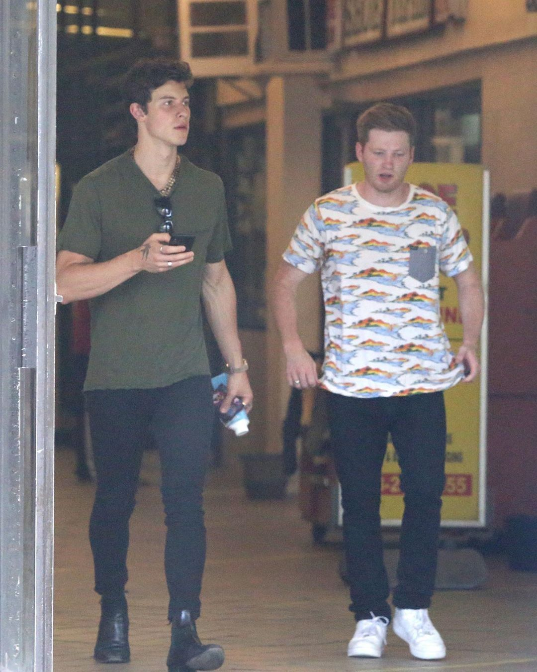 Pin By Sharon James On Shawn Mendes Shawn Mendes Shawn Mendes