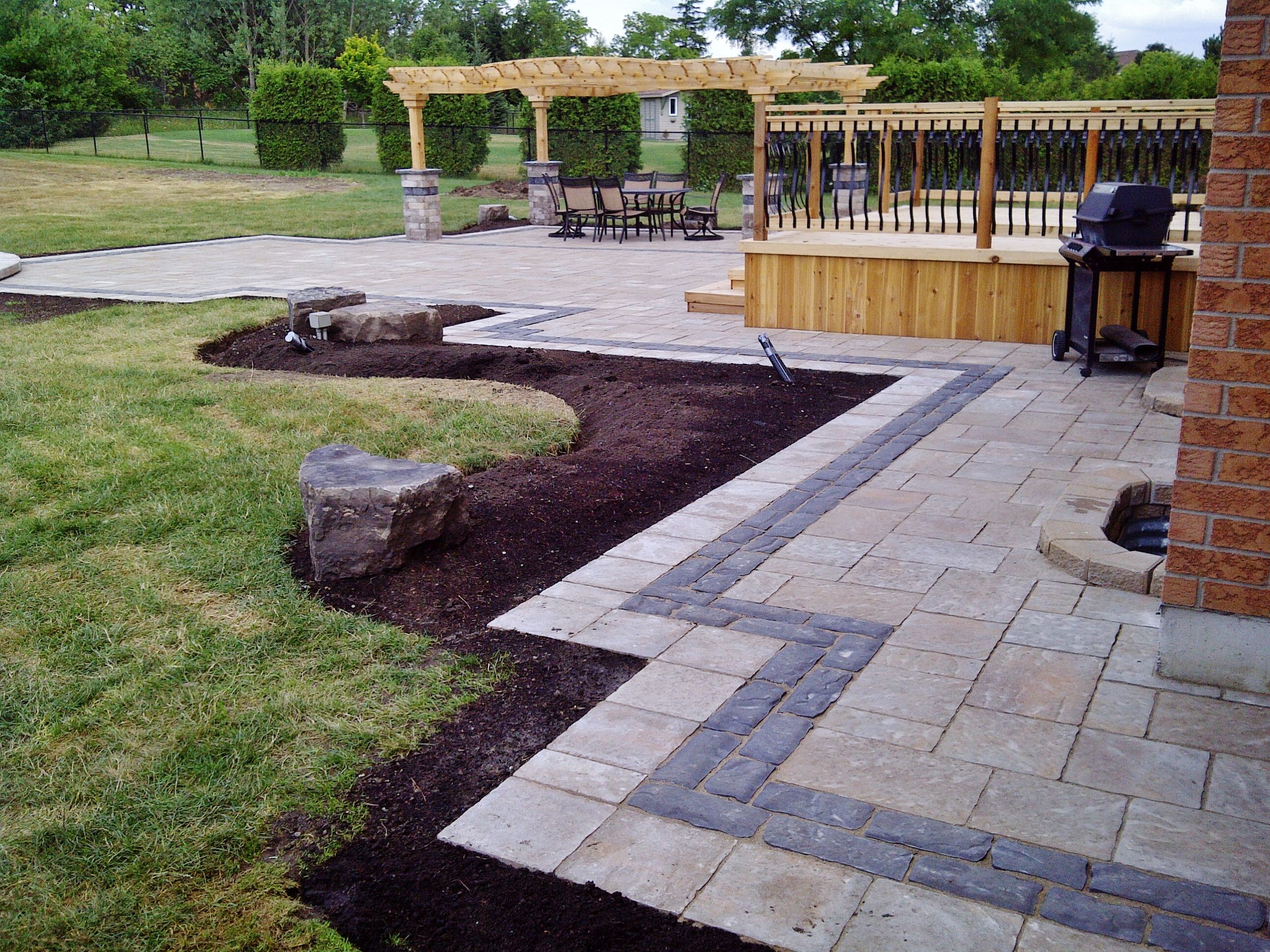 Interlock Walkway And Patio With A Double Border