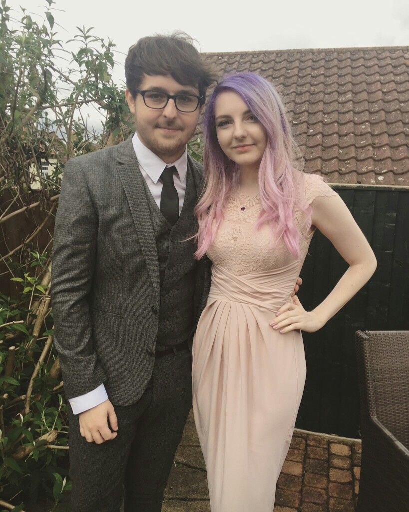 The YouTube stars; Lizzie a.k.a LDShadow and Joel SmallishBeans were happily married in 2017