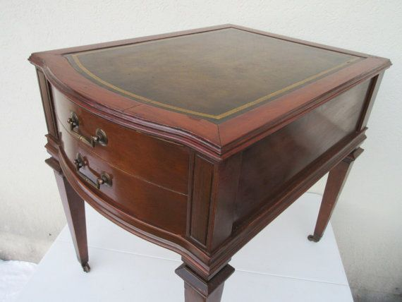 On - Vintage,Weiman Style,side Table,lamp,night,stand, - Weiman Antique Furniture Antique Furniture