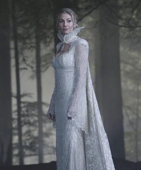 In this new teaser and photos Emma Regina and Elsa search for the elusive Snow Queen on  Once Upon a Time  season episode 5  Breaking Glass.  sc 1 st  Pinterest & Once Upon a Timeu0027 Season 4 News: Elizabeth Mitchell Talks Getting ...
