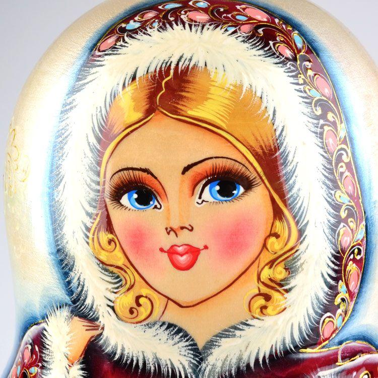 Лицо снегурочки крупным планом рисунок, подарки