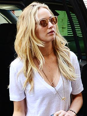 Jennifer Lawrence long blonde beach waves | allure.com