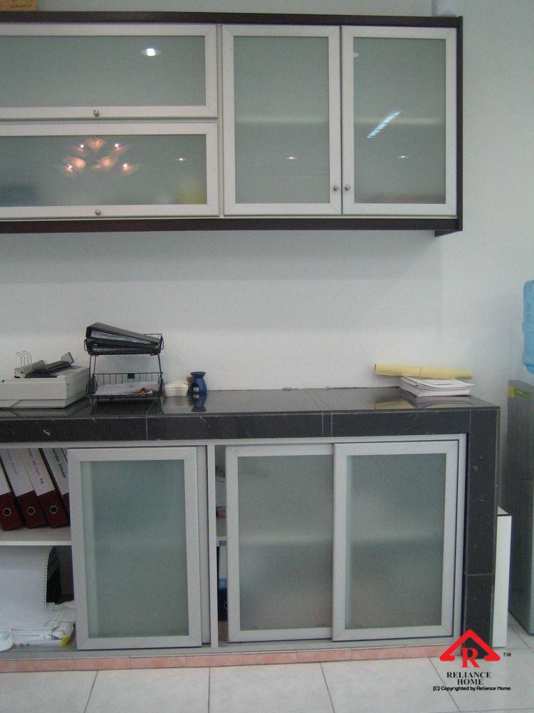 Reliance Home Aluminum Cabinet Door 4 Glass Kitchen Cabinet Doors Glass Kitchen Cabinets Aluminum Kitchen Cabinets