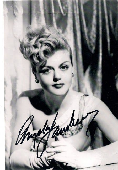 Oh my god, wasn't Angela Lansbury a stunner when she was young! Still gorgeous now, too.