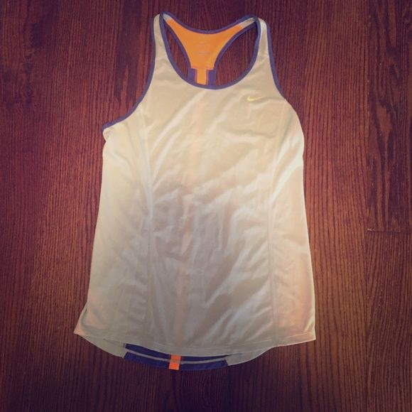 BRAND NEW Nike work out tank This tank is the PERFECT top to work out in! Tops Tank Tops