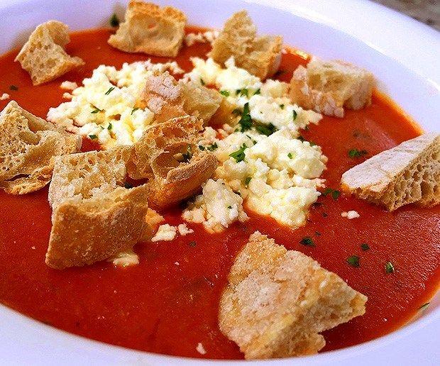 Receta: Sopa de tomate y pan - Recetas - Estilo de Vida | Teletica