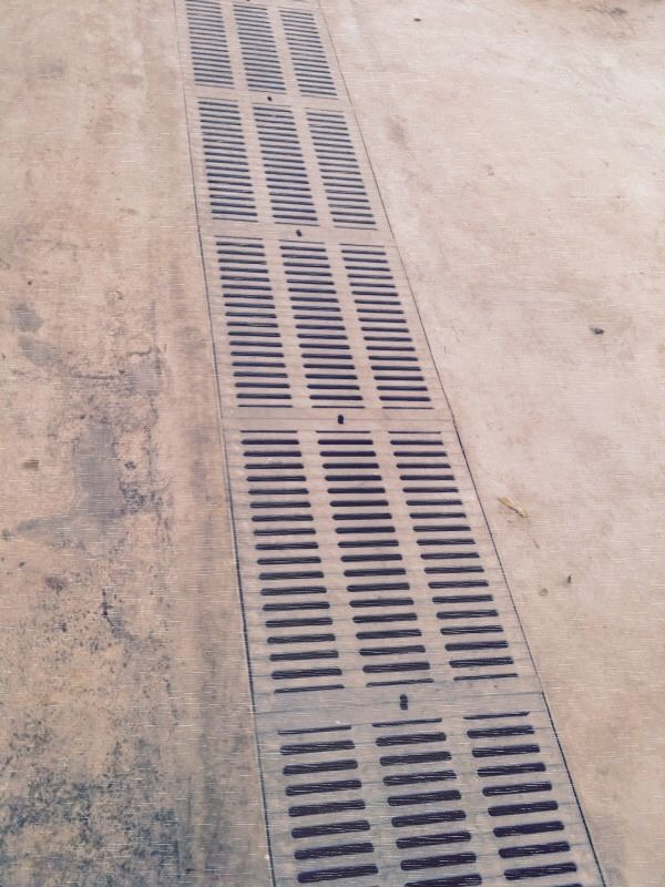 Heavy duty PVC grating for driveway