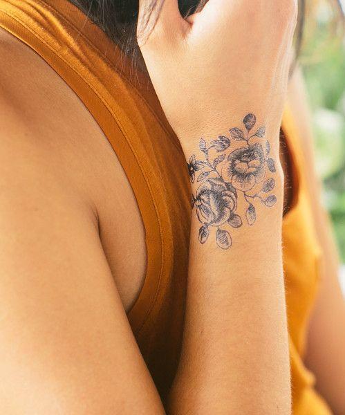 4ca2049b6 25 Beautiful Wrist Tattoos For Women – Tattoo Perfection | tattoo ...