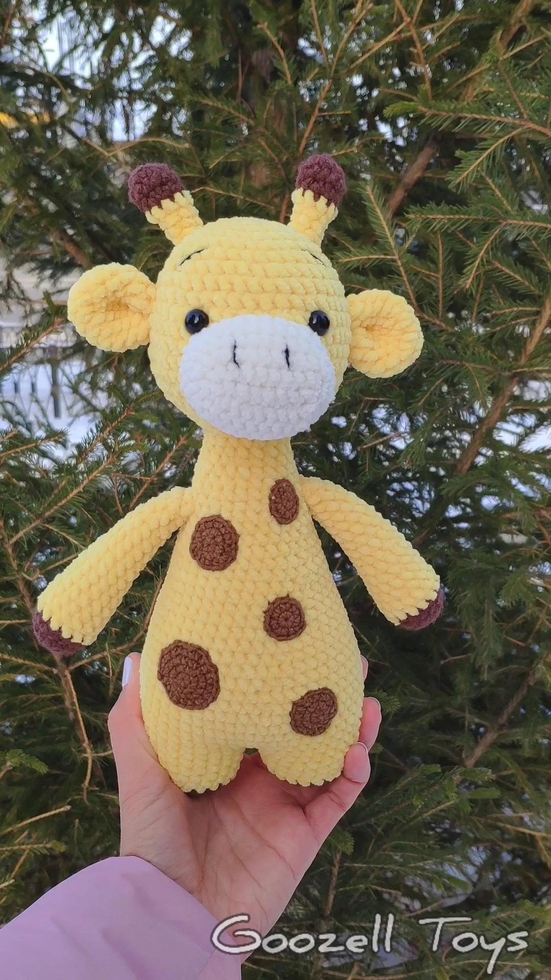 CROCHET GIRAFFE PATTERN - Amigurumi Plush Giraffe pattern - Knit Stuffed Toys - Crochet animal