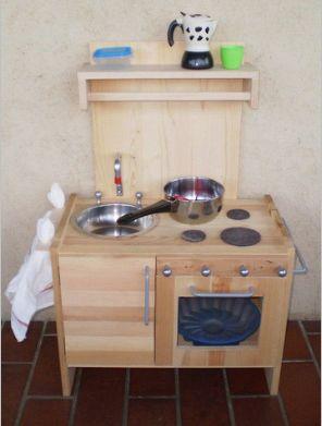 Cucina di legno fai da te giocattoli pinterest cucina - Cucina legno bambini ...
