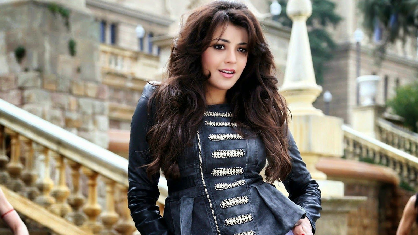 Wallpaper download kajal agarwal - Best Kajal Agarwal Beautiful Wallpapers Images Photos Free Download 1024 768 Kajal Images Download Wallpapers